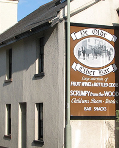 Ye Olde Cider Bar, Newton Abbot, Devon, England, GNU License, https://en.wikipedia.org/wiki/en:GNU_Free_Documentation_License